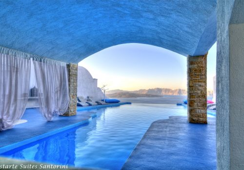 Astarte Suites Hotel boutique Hotel in Santorini Greece.jpeg 500x348 - 一度は泊まってみたい?びっくりホテル10選